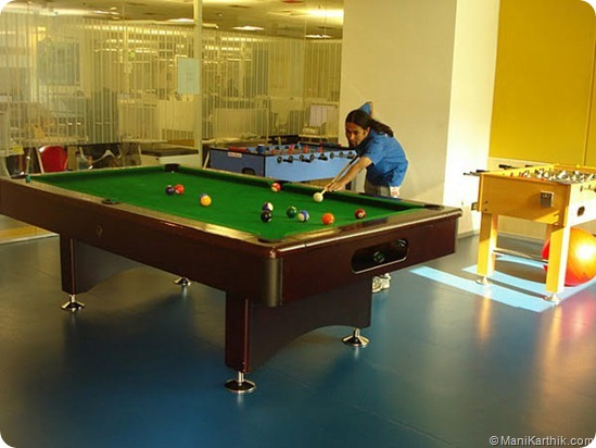 Google India Office v/s Facebook India Office–Who's cool?